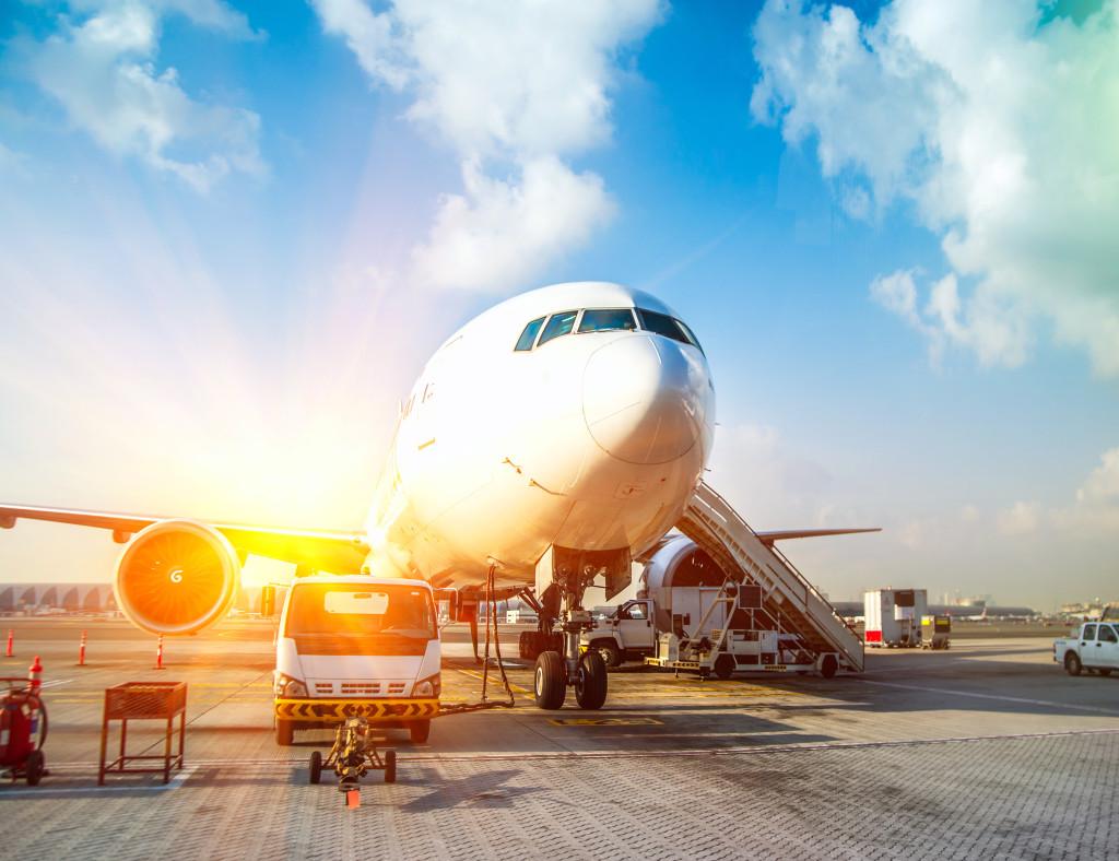 Transport lotniczy - przesyłki ekspres z ASL
